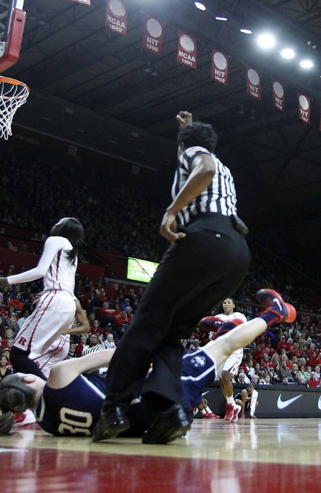 5 things to know about AP women's basketball poll