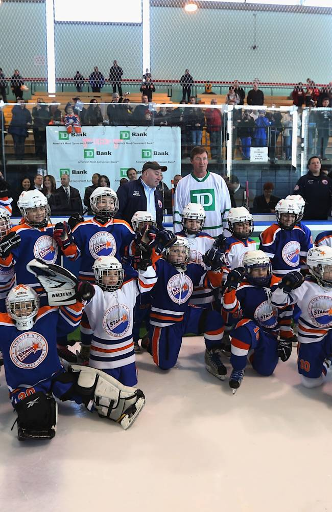 Gretzky Joins NYC Youth Hockey League At Abe Stark Arena