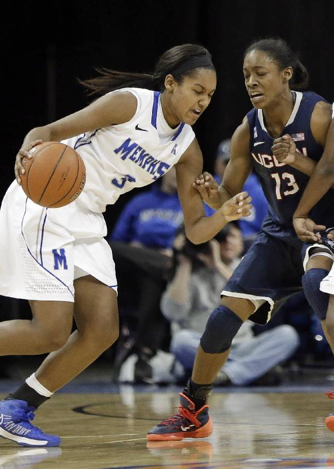 Memphis guard Taylor Williams (3) gets past Connecticut guard Brianna Banks (13) as Memphis guard Ariel Hearn (4) sets a pick in the second half of an NCAA college basketball game Saturday, Jan. 4, 2014, in Memphis, Tenn. Connecticut won 90-49