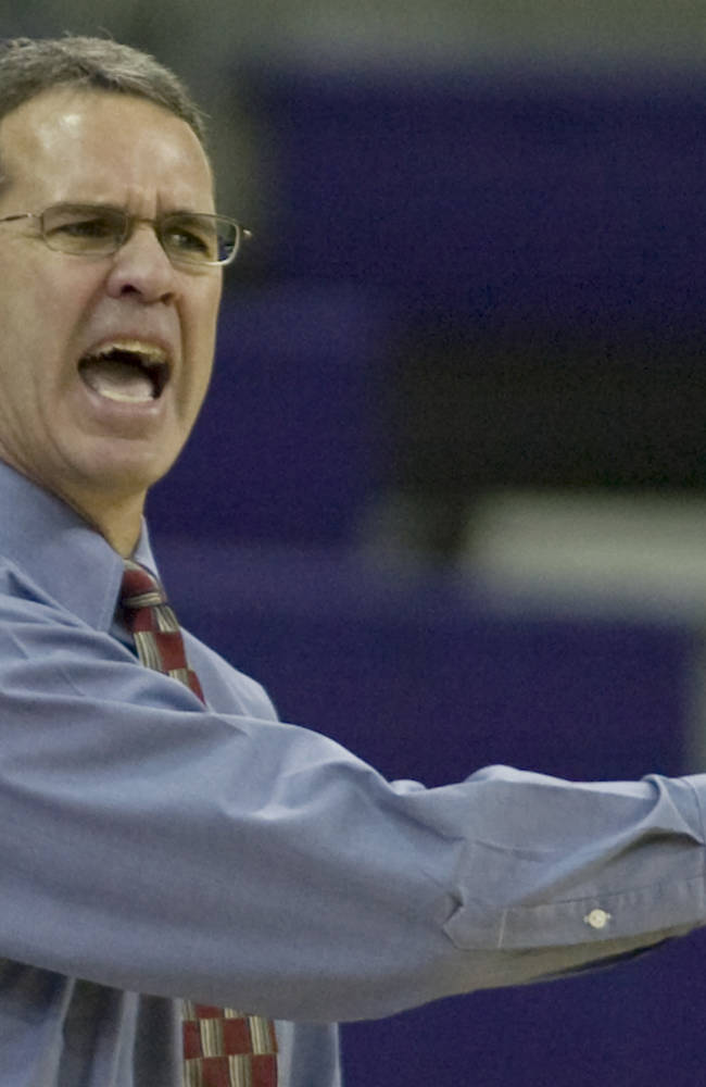 Illinois investigation widens from football to women's hoops