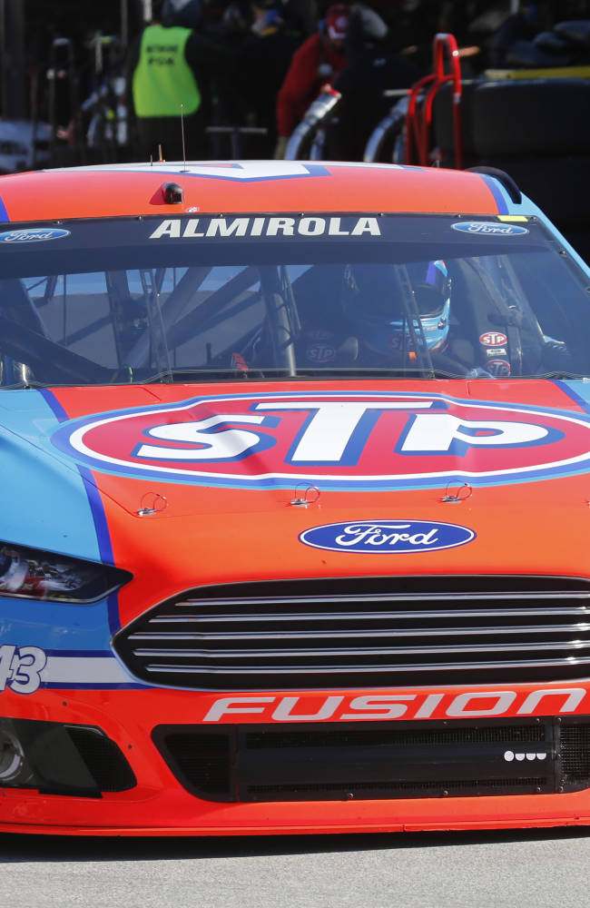 Gordon, Earnhardt among the winners and fans of Martinsville