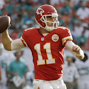 Smith throws for 3 TDs, Chiefs top Dolphins 34-15 The Associated Press