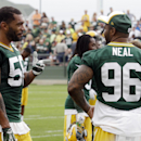 Peppers adjusts to 3-4 defense with Packers The Associated Press