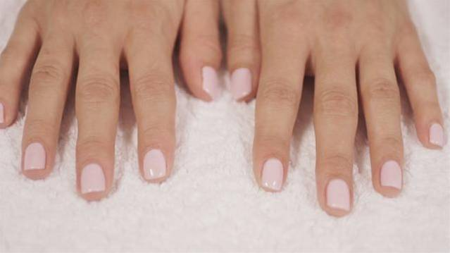 How To Do Shellac Nails For Your Wedding
