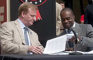 Roger Goodell (left) and DeMaurice Smith during happier times. (AP)