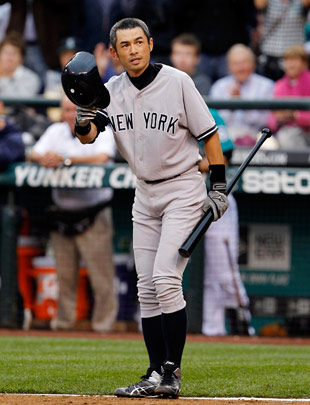 Ichiro received a loud ovation from fans in Seattle. (AP)