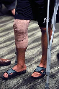 Mariano Rivera wore a bandage on his injured right knee Friday. (Getty)
