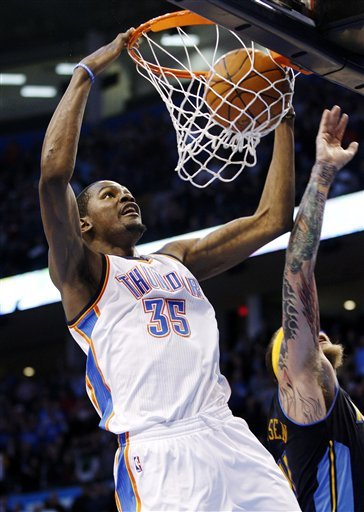 Oklahoma City Thunder Forward Kevin Durant (35) Dunks