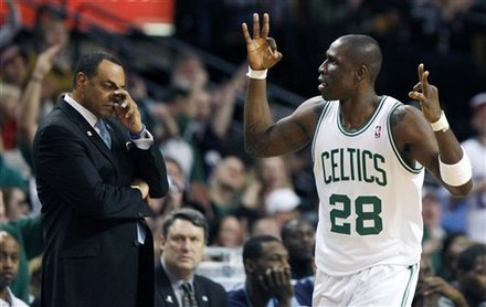 Boston Celtics' Mickael Pietrus (28) Celebrates