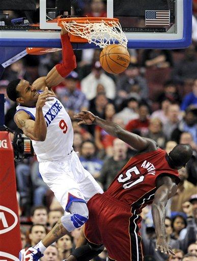 Philadelphia 76ers' Andre Iguodala (9) Dunks