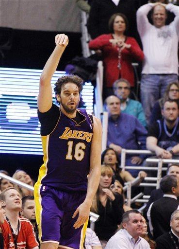 Los Angeles Lakers Forward Pau Gasol (16) Reacts