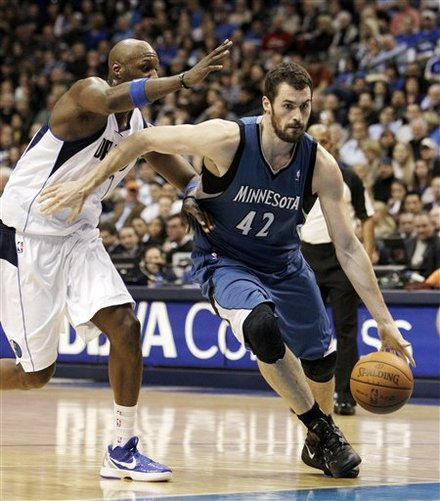 Minnesota Timberwolves' Kevin Love (42) Drives