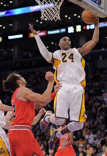 Los Angeles Lakers Guard Kobe Bryant (24) Grabs
