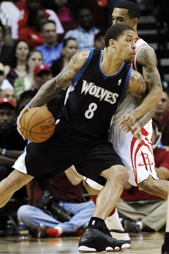 Minnesota Timberwolves' Michael Beasley (8) Drives