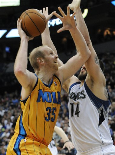 New Orleans Hornets' Chris Kaman, Left, Eyes
