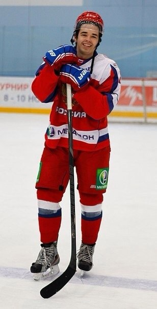 Russia's Shiksatdarov: Part-time tour guide, full-time hockey player
