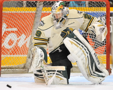 London Knights' Michael Houser makes 51 saves in double overtime loss, leading Thursday's 3 Stars