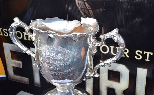 Memorial Cup replica badly damaged during Shawinigan Cataractes&#8217; celebrations (UPDATED)