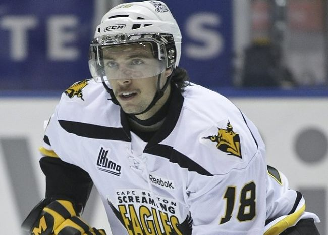 Cape Breton's Justin Hache suspended for head shot (VIDEO)