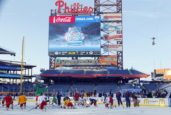 Flyers, Rangers won't allow Winter Classic spectacle to distract