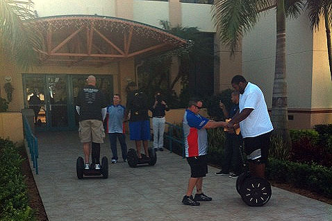 Reggie Bush buys Segways for his entire offensive line
