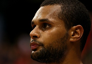 Did Patty Mills fake an injury in China?