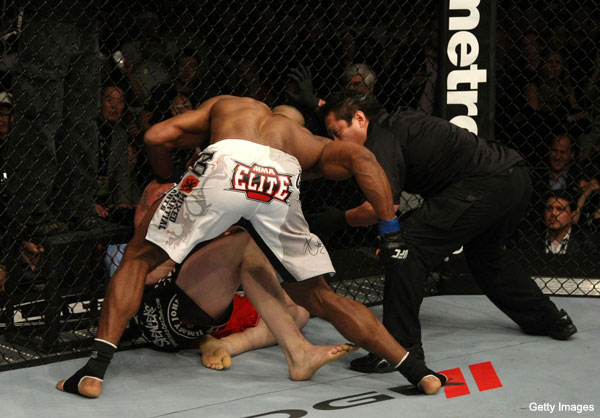 Brock Lesnar retires from MMA after loss to Alistair Overeem at UFC 141