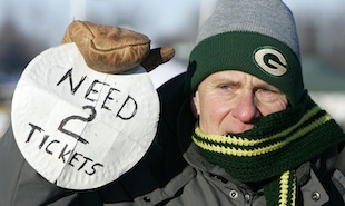 Green Bay Packers fan gets season tickets after spending 37 years on waiting list