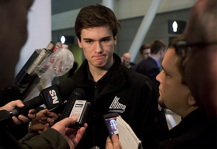 Jonathan Drouin questionable for Canada's world junior camp