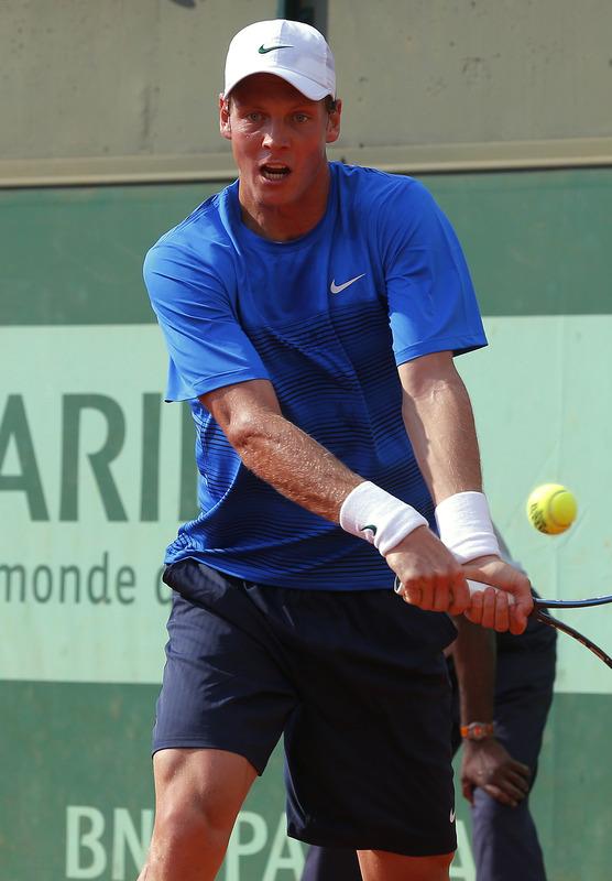Federer, Novak, Giraldo avanzan. David, Hewitt caen en 1ra R