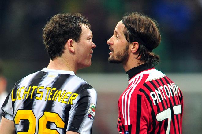 Juventus Milan Lichsteiner Antonini