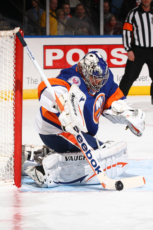 Evgeni Nabokov #20 Of The New York Islanders Makes