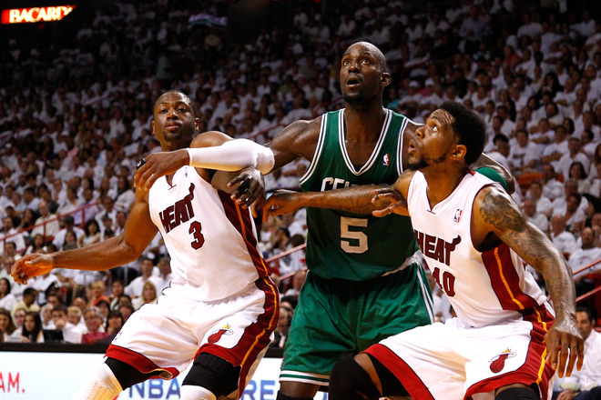 Kevin Garnett #5 Of The Boston Celtics Fights