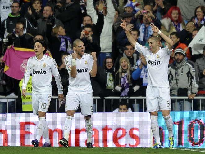 اهداف مباراه ريال مدريد و ملقا 3-2 HD