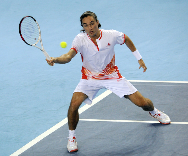 Ukrainien Alexandr Dolgopolov Returns To  French Michael Llodra, On  February 23, 2012, In The Southern City Of