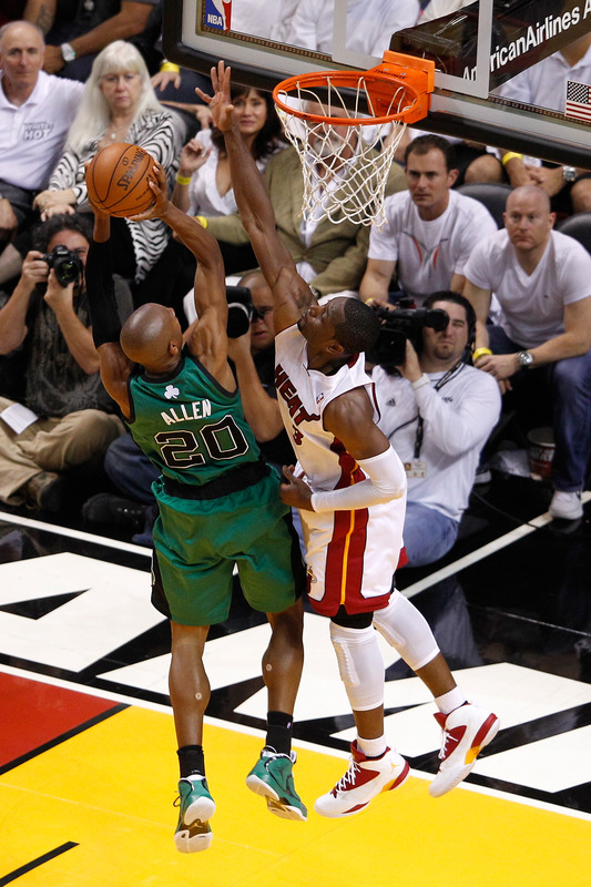 Ray Allen #20 Of The Boston Celtics Drives