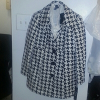 Houndstooth patterned Peacoat