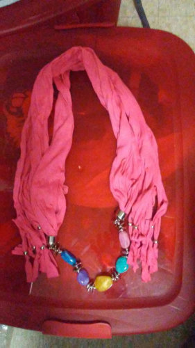Scarf with Jewelry-A) Pink