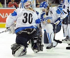 WJC: Goalie Aittokallio's Pumps His Fists And Naively Tebows For Finland