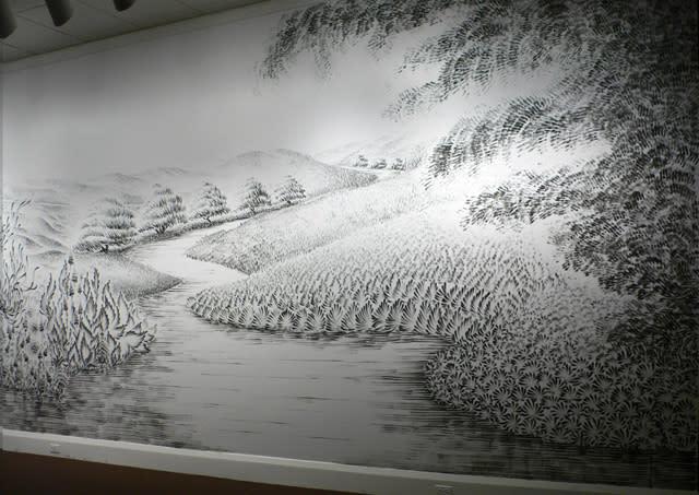 رسام مبدع يستخدم الفحم المطحون في لوحاته الابداعية braun-5.jpg