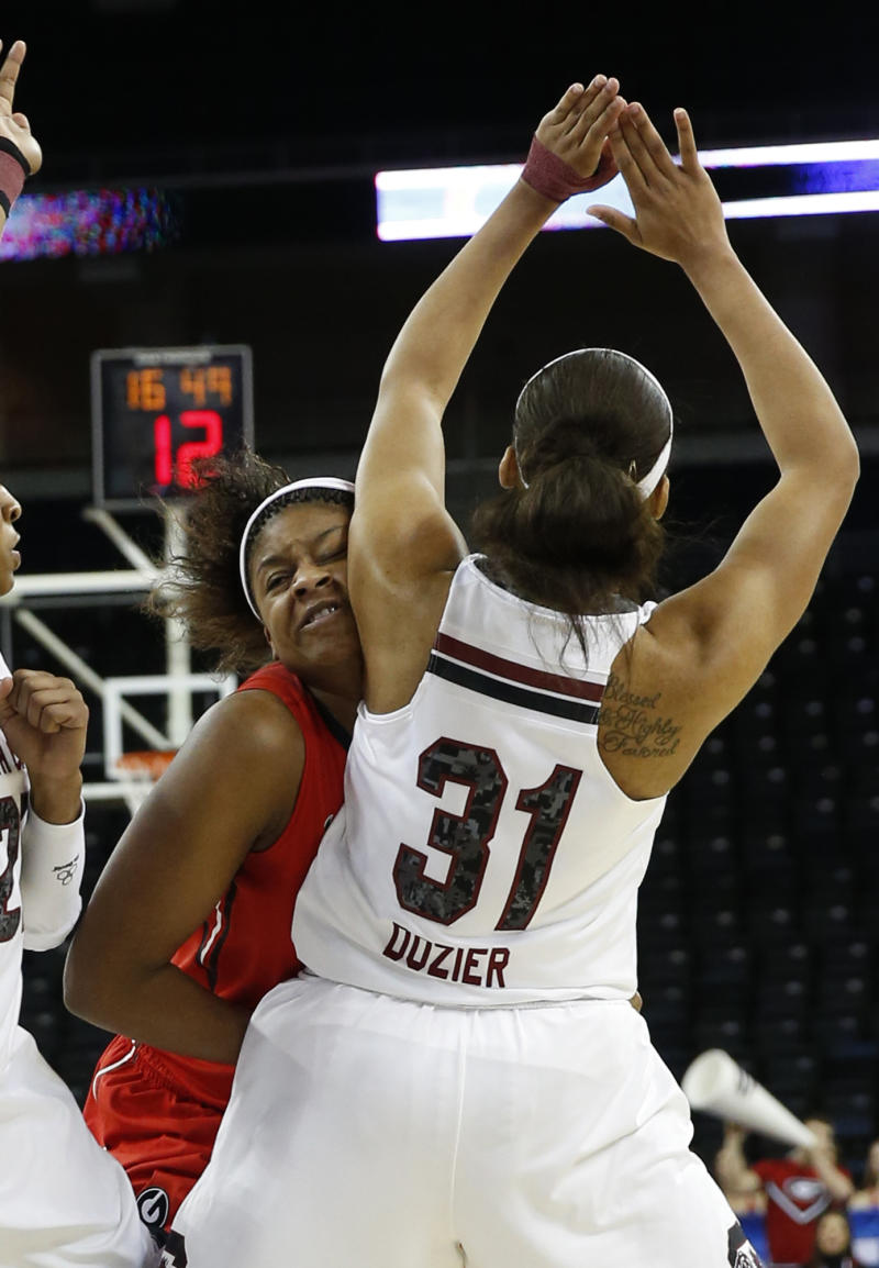 No. 5 South Carolina advances to SEC semifinals