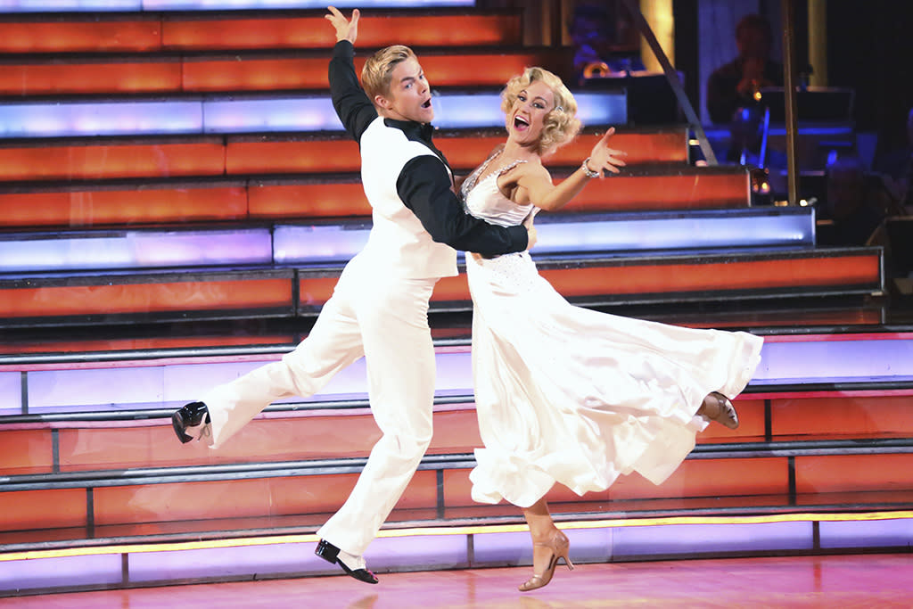 """Derek Hough and Kellie Pickler perform on """"Dancing With the Stars."""""""