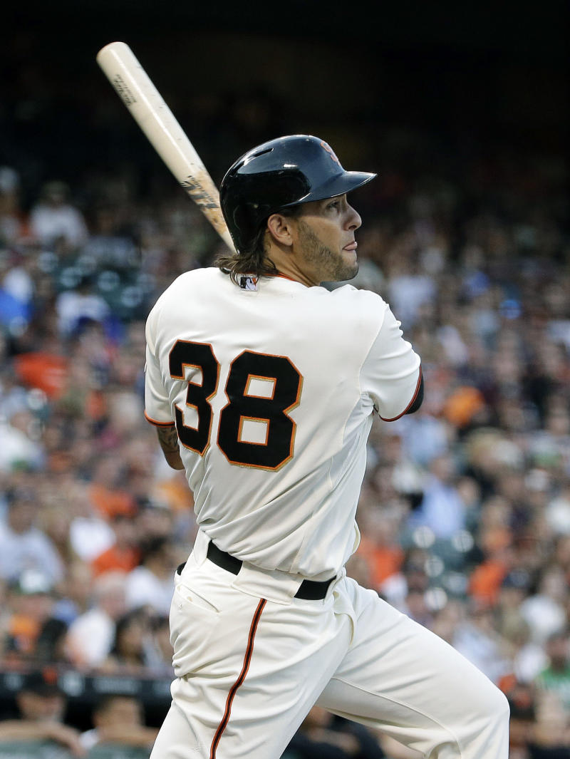 Hudson leads Giants in 3-2 win over Padres