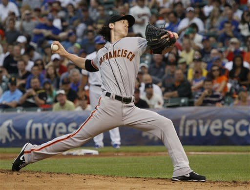Lincecum, Nady lead Giants past Cubs 5-2