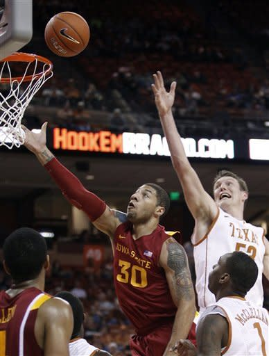 Texas ends losing skid by beating Iowa State 62-55