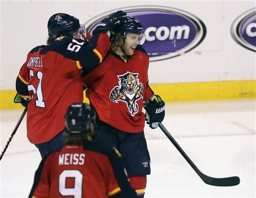 Panthers take 3-2 lead, beat Devils 3-0