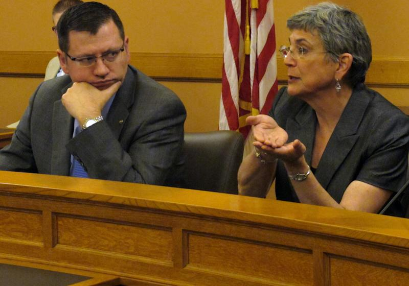 Kan. GOP leaders say talks on tax issues stalled