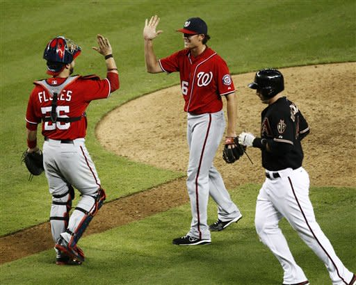 Nationals rally, beat Arizona 6-5 for 8th straight