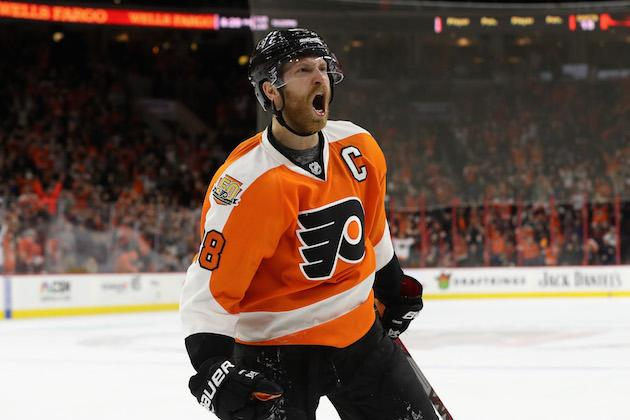 Schenn's hat trick leads Flyers to 8th straight win