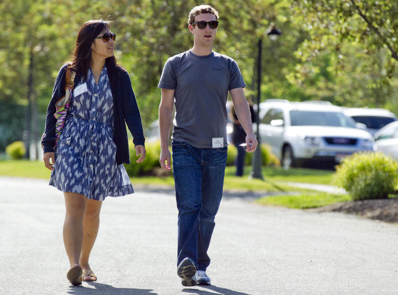 Zuckerberg, wife gift $120M to CA schools